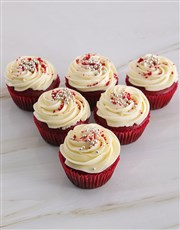 These classic red velvet cupcakes with a red velve