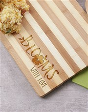 Let gifting bloom with this medium bamboo chopping
