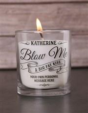 Send a big kiss someone's way with this vanilla wa