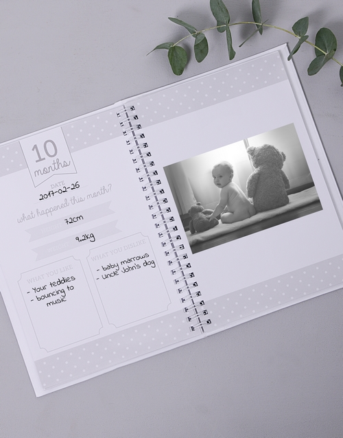 personalised: Personalised Classic Babys First Year Journal!