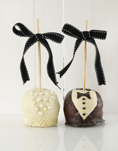 candy-apples: Mr and Mrs Chocolate Candy Apples!
