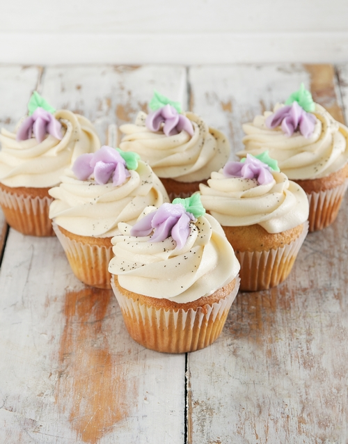 mothers-day: Earl Grey Cupcakes!