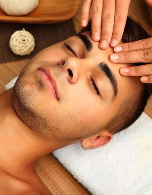 birthday: 60 Minute Signature Bliss Massage!
