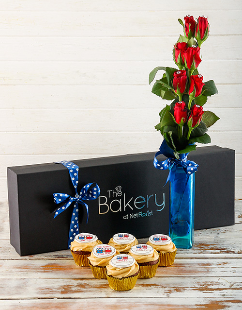 cupcakes: Anniversary Flour and Flower Gift Box!