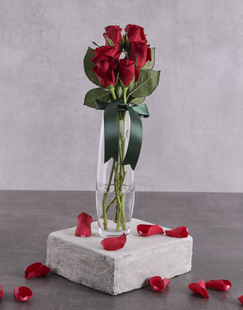 colour: Say it with Six Red Roses!