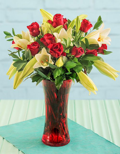 colour: Red Rose Flair!