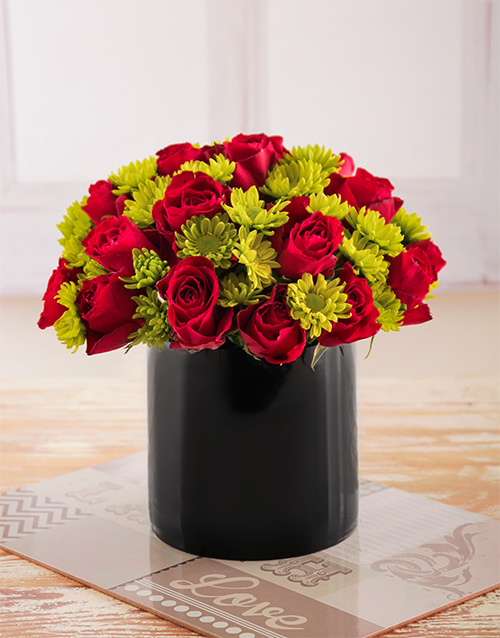 daisies: Red Roses and Sprays in Black Cylinder Vase!