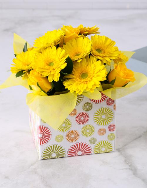 in-a-box: Yellow Gerbera & Rose Circle Box!