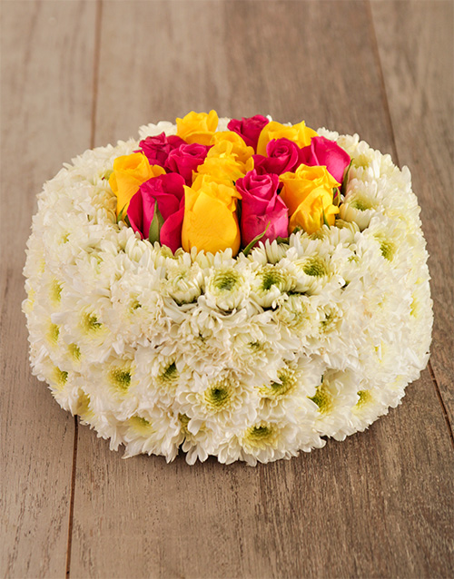 daisies: Pop of Colour Floral Cake!
