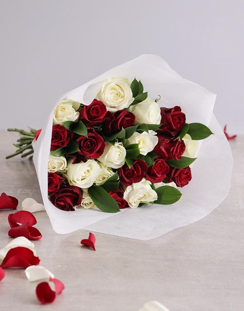 roses: Queen of Hearts Rose Bouquet!