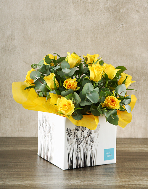 colour: Yellow Roses in White Craft Box!
