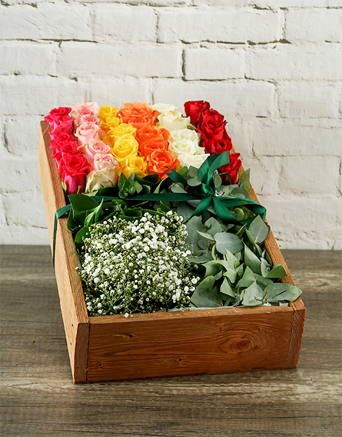 wooden-crates: Mixed Roses Box Delight!