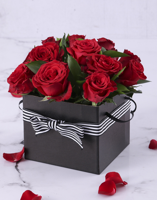 best-sellers: Red Roses in a Black Gift Box!