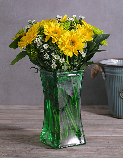 coloured-vases: Gerbera and Spray Vase!