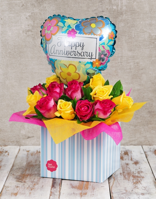 roses: Anniversary Vibrancy Rose and Balloon Box!