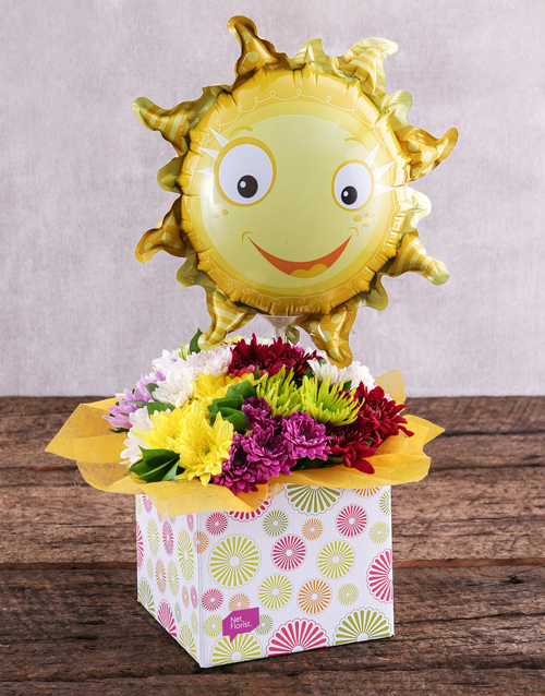 daisies: Sunny Balloon and Sprays in Spring Box!