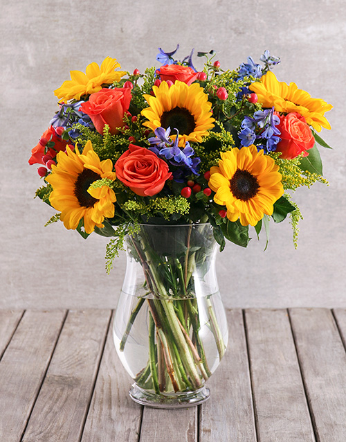 colour: Mixed Sunflower and Rose Vase!