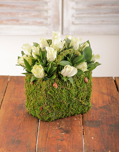 colour: Cream Roses in a Moss Basket!
