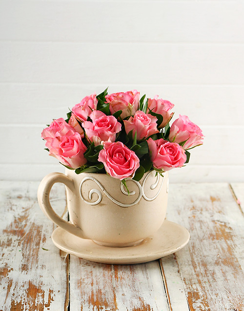 pottery: Pink Roses in a Teacup!