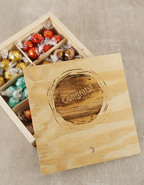 chocolate: Personalised Congrats Lindt Box!