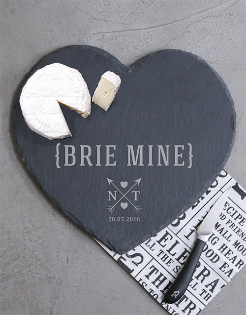 love-and-romance: Personalised Brie Mine Cheese Board!