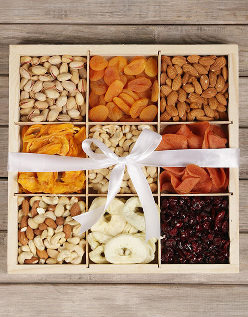 teachers-day: Mixed Fruit and Nut Crate!