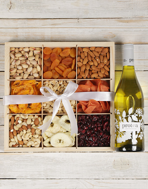 gourmet: Chardonnay with Mixed Fruit and Nuts!