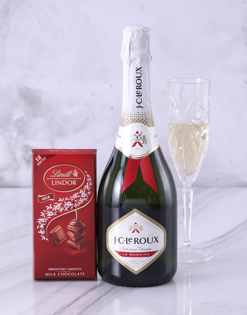 house-warming: Red and White JC Le Roux Lindt Gift!