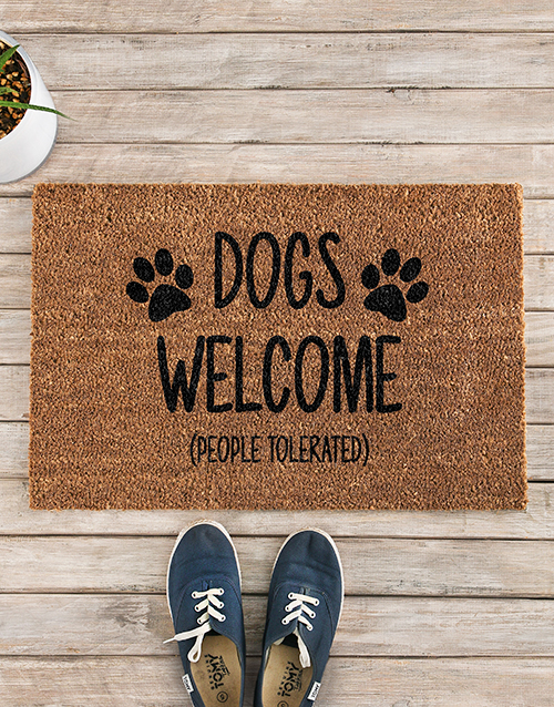 home-decor: Cats and Dogs Welcome Doormat!