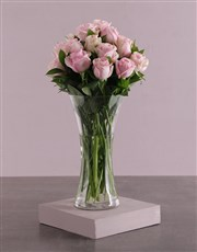 Picture of Pink Roses in a Glass Vase!