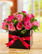 Picture of Mixed Pink Roses in a Box!