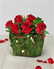 Picture of Red Roses in a Moss Basket!
