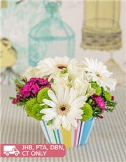 Picture of Gerbera and Rose Flower Cupcake!