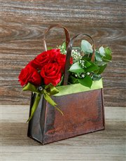 Picture of Fashionable Red Roses in a Handbag!