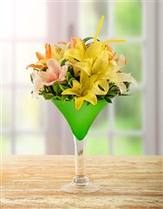Picture of Lily Arrangement in Cocktail Vase!