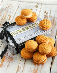 bakery: Carrot Cake Cookie Sandwich Tin!