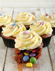 bakery: Birthday Cake Pinata Cupcakes!