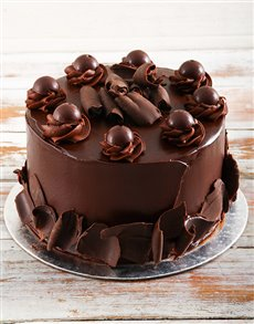 bakery: Dark Chocolate Lindt Cake!