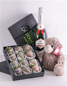 bakery: Stripy Strawberry Gift Hamper!