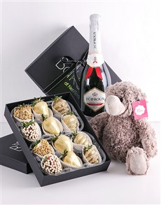 bakery: Golden Dipped Strawberry Gift Hamper!