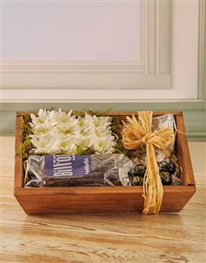flowers: Floral and Snack Hamper!