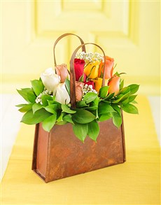 flowers: Handbag of Mixed Roses!