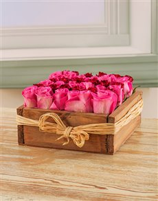 flowers: Pink & Red Roses in a Wooden Box!