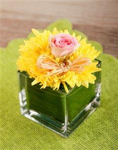 flowers: Sunny Easter Vase!