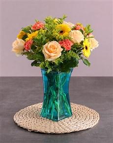 flowers: Yellow Delight Flower Vase!