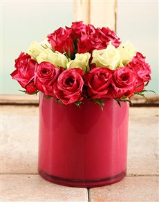 flowers: Strawberry Shortcake Rose Vase!