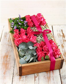 flowers: Cerise Love Crate!