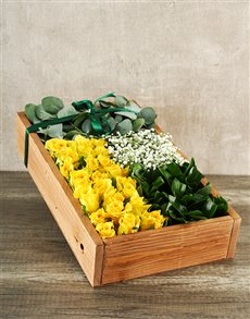 flowers: Elegant Yellow Rose Box!