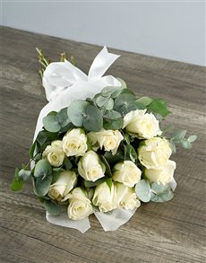 flowers: Bouquet of White Roses!