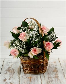 flowers: Woven Basket of Pink Roses!